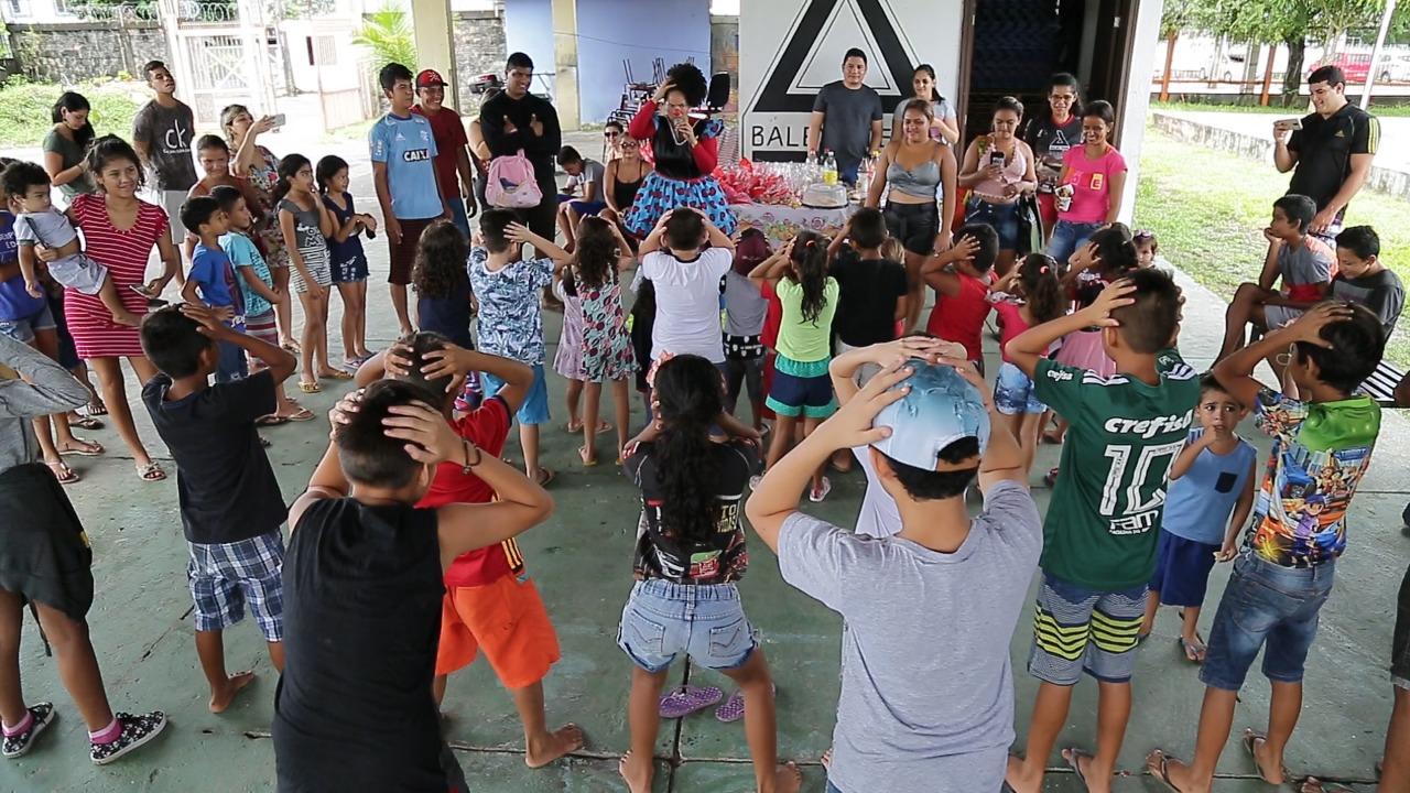Deputada Joana Darc, realiza ação em comemoração à Páscoa com mais de 50 crianças no bairro da Paz